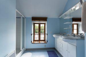 b_and_b_shared_bathroom